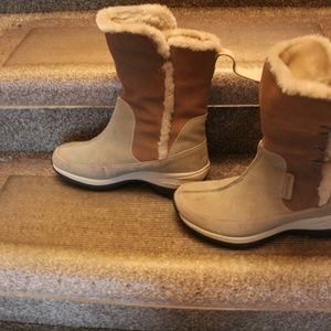 BOOTS FOR WOMAN